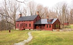 An historic dutch colonial house in Ghent, New York, has an antique standing seam metal roof in black. James Dixon Architect matched the ro. Victorian Farmhouse, Farmhouse Style, Folk Victorian, Farmhouse Ideas, Black Metal Roof, Standing Seam Roof, Roof Colors, Dutch Colonial, Architectural Elements