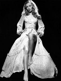 Veronica Lake ~ 1940's