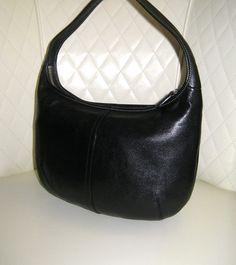 I'm auctioning 'COACH Ergo Black Leather Hobo Shoulder Bag ' on #tophatter