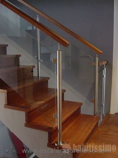 barandas de escaleras - Google Search Steel Railing Design, Metal Stair Railing, Stair Ladder, Wood Handrail, Staircase Railings, Banisters, Stainless Steel Staircase, Steel Stairs, Modern Stairs