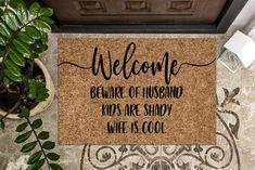 Welcome Mats, Funny Welcome Mat, Dollar Store Hacks, Dollar Stores, Funny Doormats, Used Vinyl, Funny Door Signs, Funny Gifts, Coir Doormat