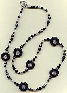 IDEA: Asymmetrical Moonlight Waltz Necklace (eebeads.com)  ~ FREE INSTRUCTIONS