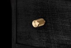 Buster-&-Punch-Furniture-Knob-Brass