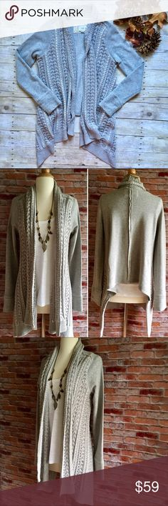"Anthropologie Saturday Sunday gray cardigan Saturday/Sunday pays homage to the unique comfort of the weekend with detailed basics in cozy fabrics. And we're fairly certain it doesn't get any cozier than this sweatshirt-meets-sweater knit. Worn twice, in excellent condition.  60/40 cotton, polyester. 34""L in the front. 24""L in back. Size medium. Anthropologie Sweaters Cardigans"