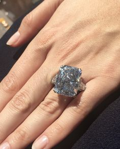 The Cullinan Dream: the largest fancy intense blue diamond to come to auction. The Cullinan Dream: the largest fancy intense blue diamond to come to auction. Colored Diamond Rings, Colored Diamonds, The Bling Ring, Bling Bling, Do It Yourself Fashion, Wedding Rings For Women, Silver Diamonds, Diamond Heart, Bracelets