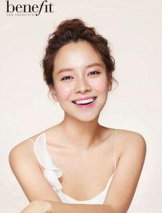 Song Ji-hyo (송지효) - Female - 1981/08/15