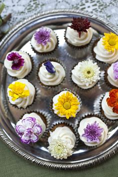 Flowers on cupcakes! (from Style Me Pretty)