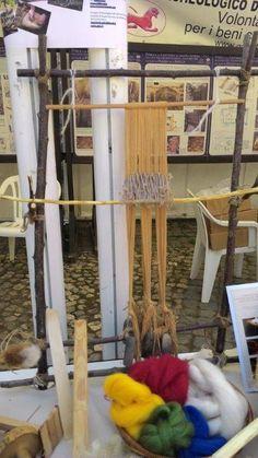 ricostruzione di antico telaio