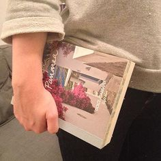 DIY fashion fix - DIY book clutch tutorial - shopping bag -handbag Book Clutch, Diy Clutch, Clutch Bag, Clutch Tutorial, Diy Tutorial, Creative Outlet, Diy For Girls, Book Making, Step By Step Instructions