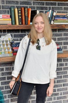 Amanda Seyfried carrying the new It bag of the season from Michael Kors