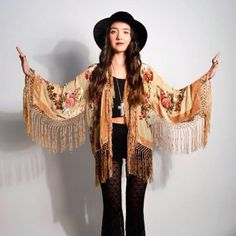 Saltwater Gypsy kimono Boho Gypsy, Bohemian Mode, Bohemian Style, Boho Chic, Hippie Style, Estilo Hippie Chic, Gypsy Style, My Style, Boho Fashion