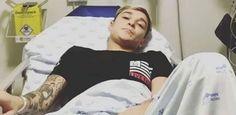 MC Gui passa por cirurgia após ser atropelado por moto em São Paulo #Cantor, #Cirurgia, #Comunicado, #Instagram, #SãoPaulo, #Sucesso http://popzone.tv/2016/11/mc-gui-passa-por-cirurgia-apos-ser-atropelado-por-moto-em-sao-paulo.html