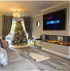 [New] The 10 All-Time Best Home Decor (Right Now) - Ideas by Mary Weeks - Christmas inspo and a beautiful living room from Stunning . Home Living Room, Room Design, Home Decor, Room Decor, Home Decor Store, Interior Design Living Room, Beautiful Living Rooms, Home And Living, Living Room Tv