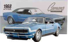 Exact Detail 1968 Chevrolet Camaro RS SS 396 LeMans Blue Vinyl Top 1:18