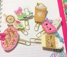Planner cuteness! #planneraddict #plannergirl #kawaii #magicalday #dreamcatcher #glitter #campervan #plannergoodies #happymail