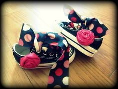 adding ribbon & fabric flowers to sneakers!