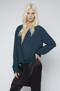 The classic Willow blouse available in forest and off white in Viscose georgette