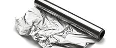 ~ 9 everyday items that could save your life in an emergency Starting Seeds Indoors, Urban Survival, Survival Tips, Foil Paper, Oven Racks, Everyday Items, Household Items, Deodorant, Home Remedies