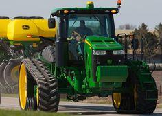 John Deere Tractor - brand new.Cannot wait to see one. Jd Tractors, John Deere Tractors, John Deere Equipment, Heavy Equipment, Cat Farm, John Deere Combine, Farm Lifestyle, Heavy Machinery, Case Ih