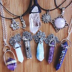 Really love the little purple crystal necklace Cute Jewelry, Jewelry Accessories, Fashion Accessories, Fashion Jewelry, Piercings, Crystal Jewelry, Crystal Necklace, Accesorios Casual, Bohemian Jewelry