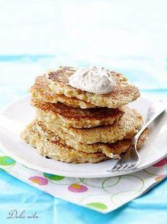 Almás palacsinta   Dolce Vita Blog Pancakes, Cookies, Breakfast, Food, Morning Breakfast, Crack Crackers, Morning Coffee, Pancake, Biscuits