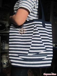 Осуществила мечту моей внучки и связала вот такую пляжную сумку крючком в технике жаккарда. Нитки Alize Diva, крючок № 2. Внутри подклад с вместительными карманами.