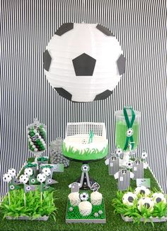 Football Soccer Birthday Party Printables Supplies & Decorations | BirdsParty.com