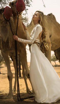 Rêve du désert : la Ralph Lauren Collection photographiée en Azerbaïdjan par Nargis Magazine