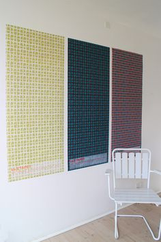 Handmade wallpaper-posters. Det Danske Kunstnertapets Fugl Fønix  LLZ TAPET Denmark reprint of Ib Buch.