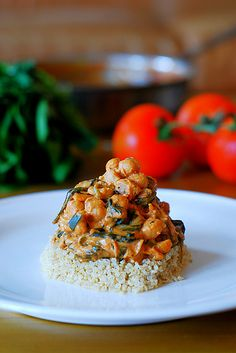 Easy chickpea and vegetable curry with quinoa