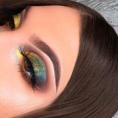 - Green yellow eye makeup snake eye makeup Indian eye makeup exotic makeup – Green yellow eye make - Cute Makeup, Glam Makeup, Pretty Makeup, Skin Makeup, Makeup Inspo, Makeup Art, Makeup Inspiration, Beauty Makeup, Huda Beauty