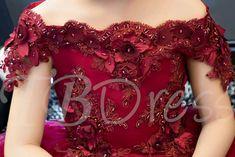 Off-The-Shoulder Short Sleeves Knee-Length Flower Girl Dress Prom Girl Dresses, Girls Dresses Online, Girls Party Dress, Toddler Girl Dresses, Flower Girl Dresses, Kids Party Wear, Designer Blouse Patterns, Designer Dresses, Kids Gown