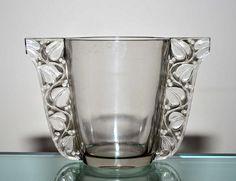 Vase Honfleur by René Lalique (Vase Honfleur , créé en 1927, verre blanc moulé pressé patiné Catalogue Marcilhac 994 page 437 non repris apres 1947)