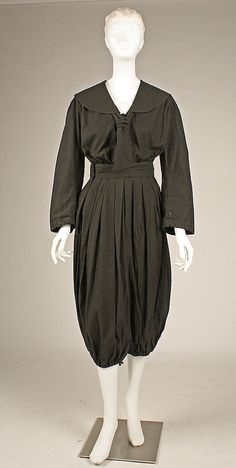 "Ladies' Gym Suit Labeled: ""Columbia Gymnasium Suit, Boston, Mass."" 1895-1899."