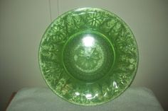 Antique Vintage Green Vaseline Uranium Canary Glass Large Plate Dish Art Glass | eBay