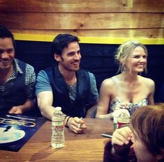 Colin - O'Donoghue -Michael Raymond-James - Jennifer Morrison