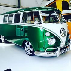 Welcome to Volkswagen UK. Discover all the information about our new, used & electric cars, offers on our models & financing options for a new Volkswagen today. Bus Camper, Vw Caravan, Kombi Motorhome, Campers, Volkswagen Transporter, Volkswagen Beetles, Volkswagen Golf, Wolkswagen Van, Volkswagen Bus