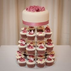 lovely cupcake wedding cake Pretty but needs to be Blue or Black