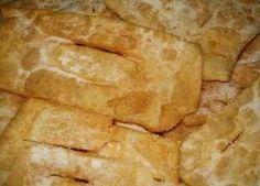 Receita de Coscorões à moda de Pombal | Doces Regionais Sweet Recipes, Cake Recipes, Snack Recipes, Cooking Recipes, Snacks, Portuguese Desserts, Portuguese Recipes, Portuguese Food, Sweet Bread