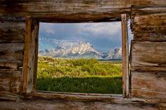 Обои Grand Teton, National Park, Гранд-Титон национальный парк, Cunningham Cabin, горы, хижина, окно на рабочий стол - картинки с раздела Креатив