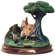 Sleeping Beauty WDCC Figurines WDCC Figurines Classics Collection Woodcutter's Cottage