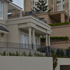 Sutherland Cres. Darling Point featuring Castle columns by columnsRus.com