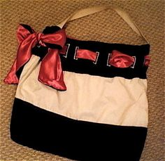 Jen B.Bag©   •  Free tutorial with pictures on how to make a handbag in under 180 minutes