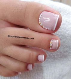 Pretty Toe Nails, Cute Toe Nails, Pretty Toes, Toe Nail Color, Toe Nail Art, Nail Colors, Toe Nail Designs, Acrylic Nail Designs, Nails Design