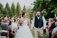 wedding photos - wedding couple photos - wedding photo ideas #rusticweddinginspiration