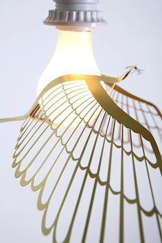 Image of BIRD LIGHT - GOLD