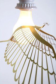 Image of BIRD LIGHT - GOLD