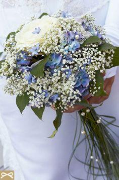 ΜΠΛΕ ΘΕΜΑ: Λευκό και Μπλε Μπουκέτο