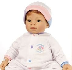 Lee Middleton Munchkin Play Doll Blonde with Blue Eyes $99.99