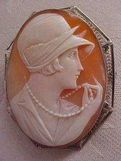 beautyblingjewelry:  Art Deco Flapper Por fashion love